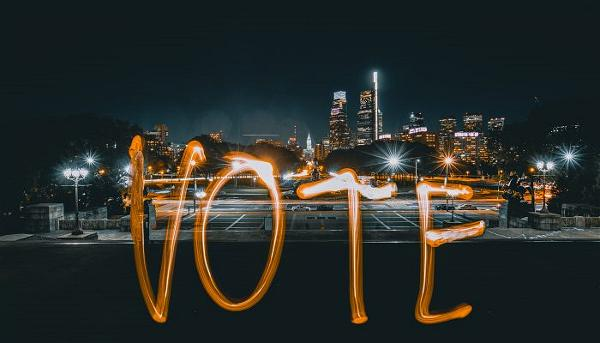 Vote-Long-Exposure-700x400